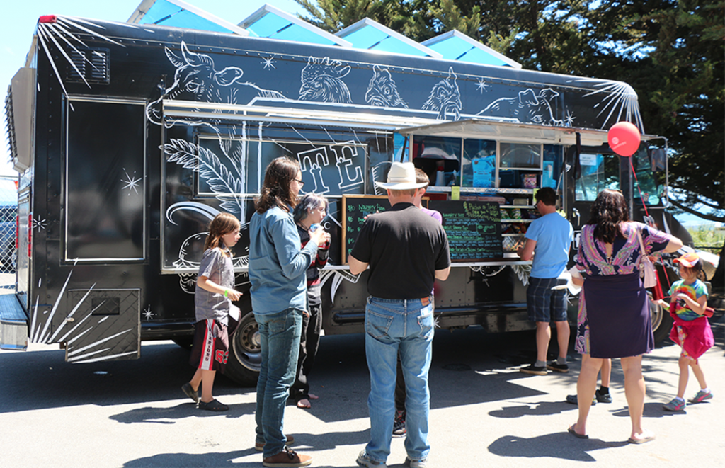 Food truck heaven welcomed fairgoers at the inaugural Santa Cruz Mini Makers Faire. Throughout the day, food trucks kept people hydrated, caffed and carbed, from basic hotdogs to gourmet cupcake desserts. Participating vendors included Ate3One food truck, Cruz N Gourmet, Cutesy Cupcakes, Inzane Pops, Lucy's Hot Dogs and Zameen's Cuisine food truck. Debuting at the event was coffee infusions Spro-Kart Great Infusions.