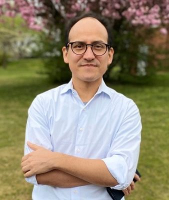 "COVID-19: UC Santa Cruz Economist helps build ""contact tracing"" app for Peru"